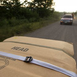 The repatriated body of a migrant on the back of a pick up truck in Honduras (photo by Marc Silver)