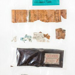 Possessions found on a migrant 5 (photo by Jonathan Hollingsworth)